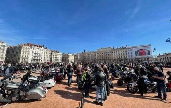 Plus de 2000 motards à Lyon, les manifestations du 20 février sont un succès partout en France